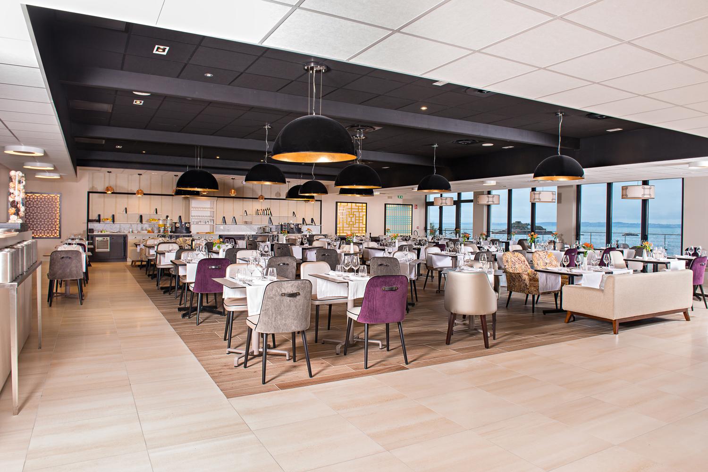 H Ef Bf Bdtel Restaurant Novotel Nantes