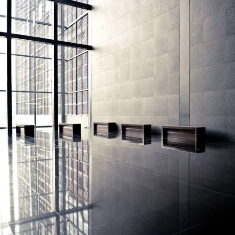 architecture noir et blanc morbihan bretagne