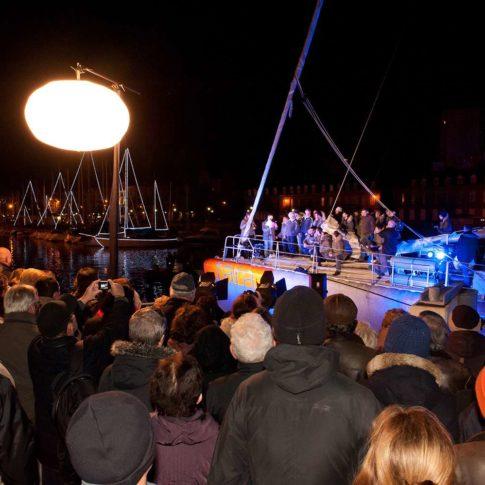 photographe événementiel retour de Tara bateau mer lorient nuit 56 morbihan