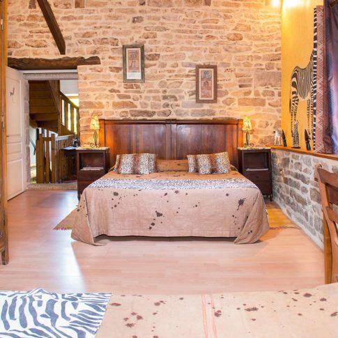 photographe intérieur ambiance déco chambre bois et animal