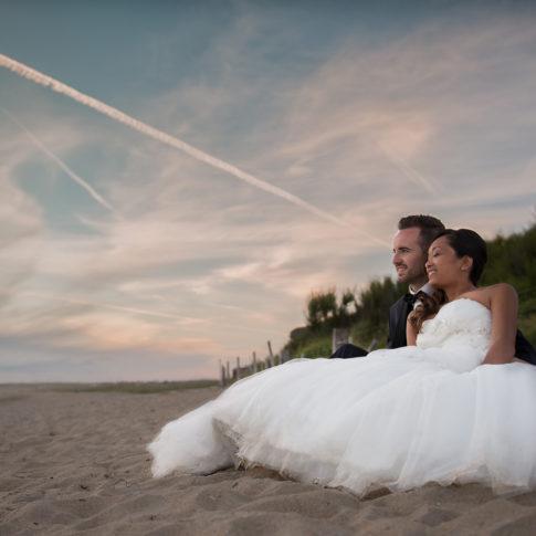 photographe mariage vannes couple plage coucher de soleil