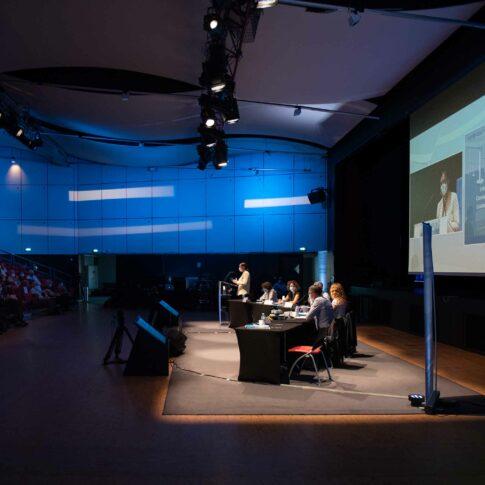 photographe débat public palais des congrès lorient